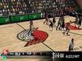《NBA 2K11》PSP截图-2