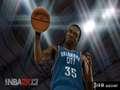 《NBA 2K13》PSP截图-2
