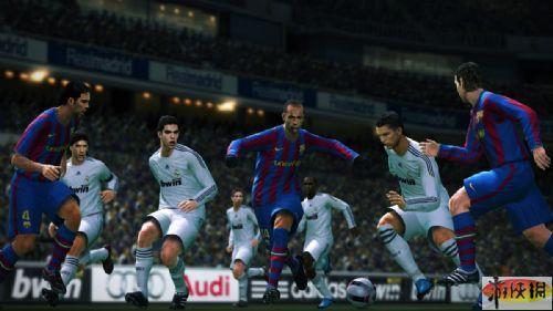 《实况足球2010》游戏截图4-6