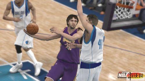 《美国职业篮球2K9》游戏截图-5
