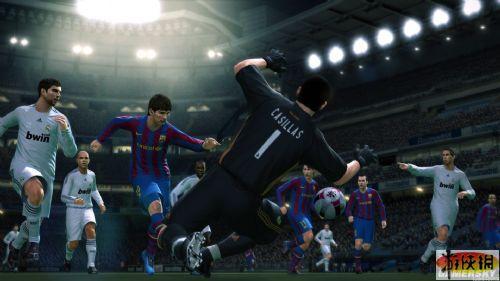 《实况足球2010》游戏截图1-8