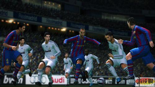《实况足球2010》游戏截图2-3