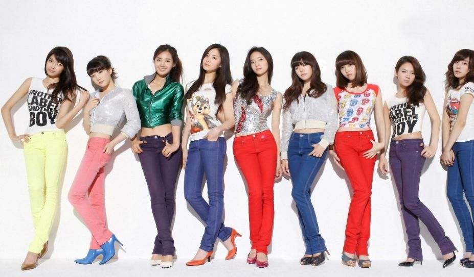 韩国青春组合少女时代时尚写真图集