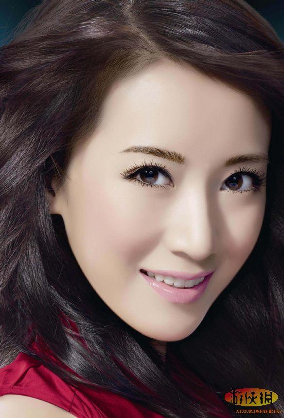 描写现代美女的外貌