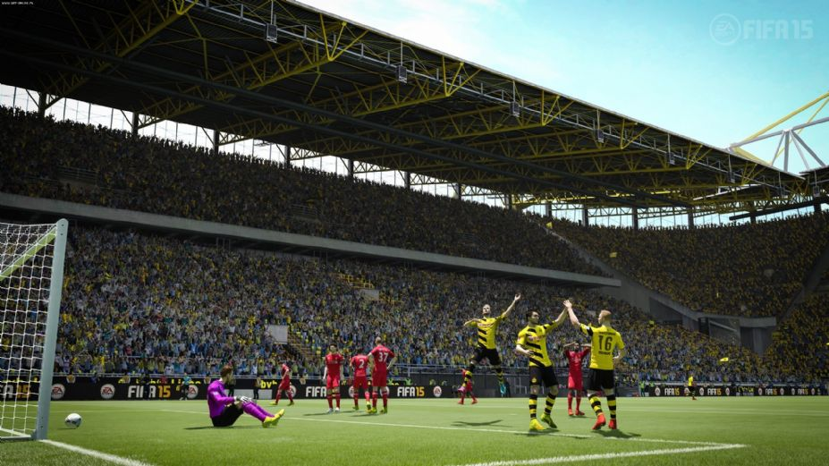 《FIFA 15》游戏截图-2