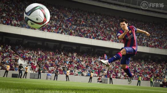 《FIFA 16》游戏截图-3