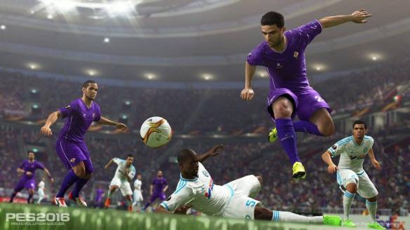 《实况足球2016》游戏截图-3