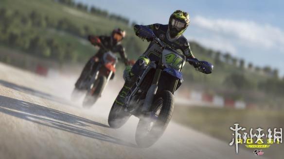 《MotoGP:瓦伦蒂诺游戏版》游戏截图