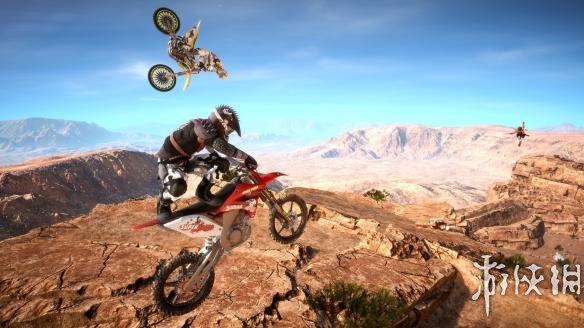《MX氮气摩托》游戏截图