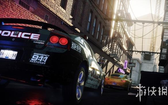 《极品飞车17:最高通缉》中文游戏截图