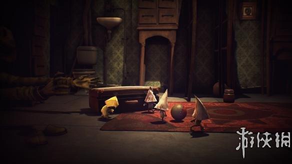 《小小噩梦》游戏截图
