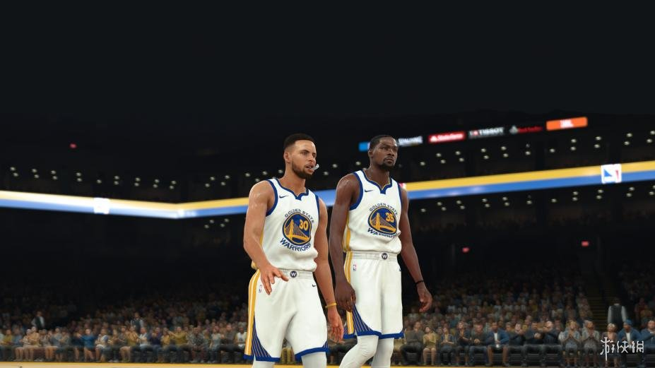 《NBA 2K18 》游戲截圖