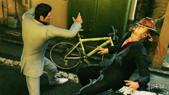 《如龙:极2》游戏截图