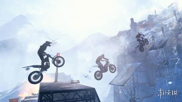 《特技摩托:崛起》游戲截圖