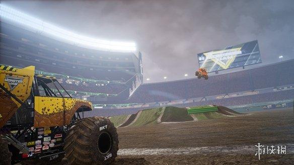 《怪物卡车钢铁巨人》游戏截图