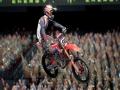 《怪物能量超级越野赛车4》游戏截图-6小图