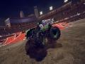 《怪物卡车钢铁巨人2》游戏截图-3