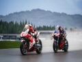 《世界摩托大奖赛21》游戏截图-7小图